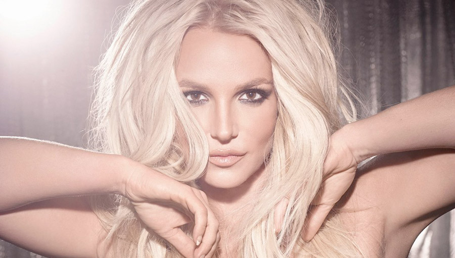 Скандальный снимок голой Бритни Спирс подорвал Сеть