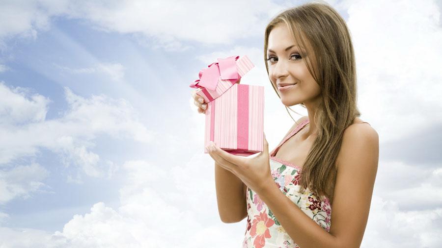 Вечный вопрос: что подарить на праздник?