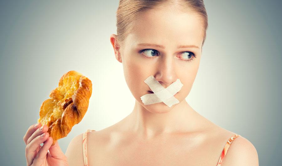 Анорексия: причины и первые признаки