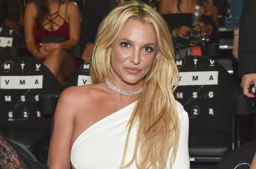 Бритни Спирс собралась замуж за юного бойфренда