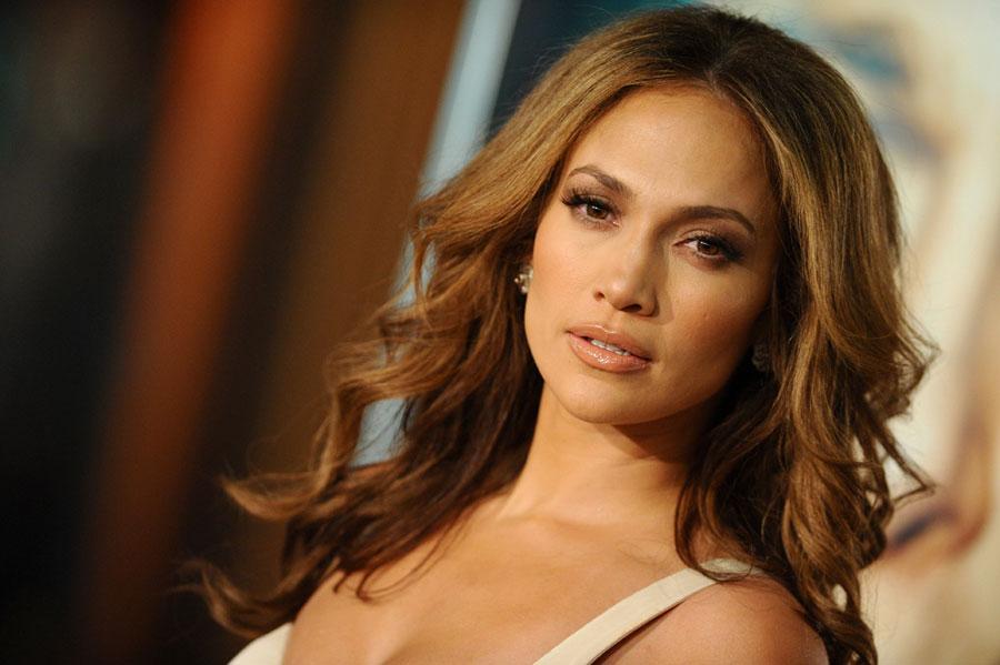 48-летняя Дженнифер Лопес сама сексуальность