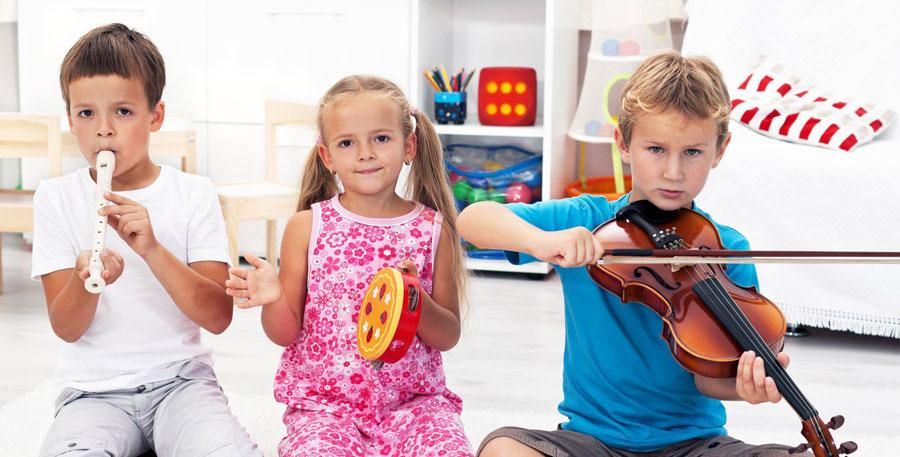 Роль музыкальных инструментов в развитии вашего ребенка