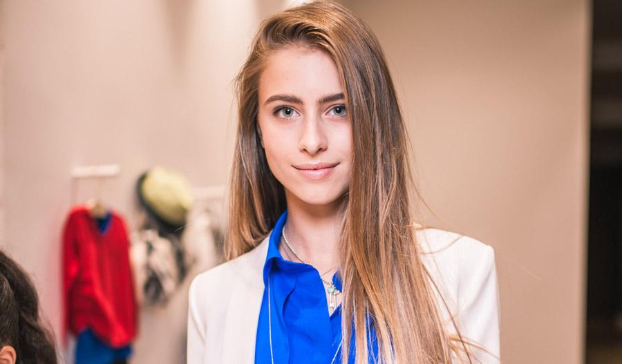 Внучка Софии Ротару очаровала красотой в вышиванке
