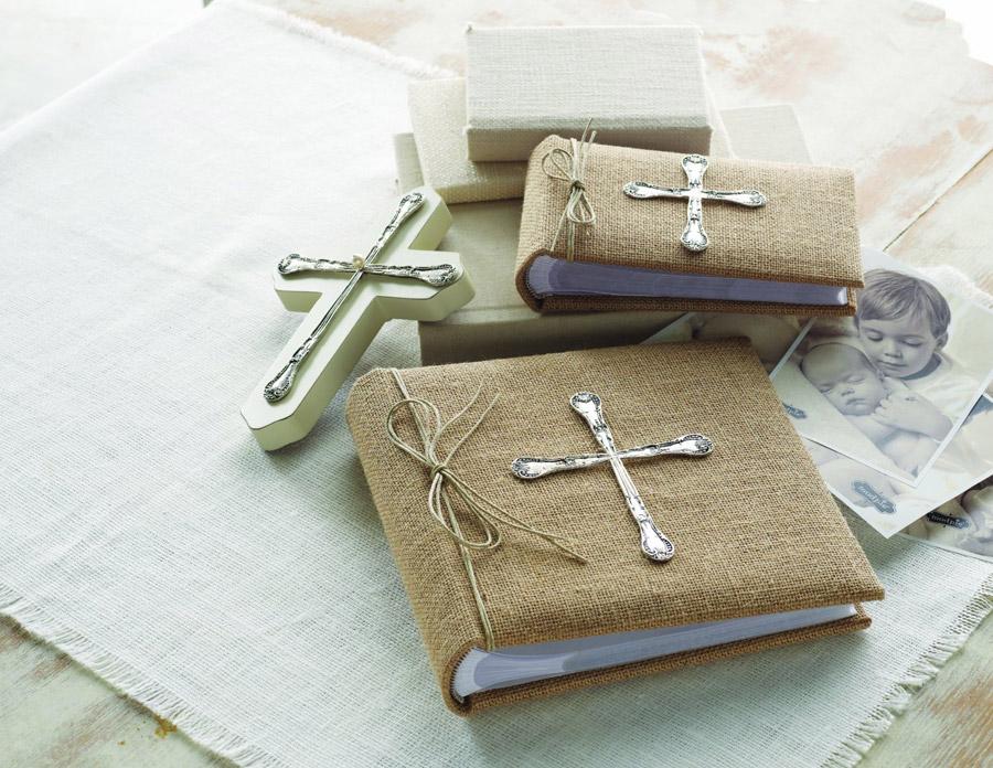 Набор для крестин малыша: что нужно иметь при себе