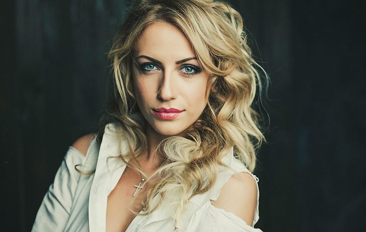 Леся Никитюк очаровала своей красотой