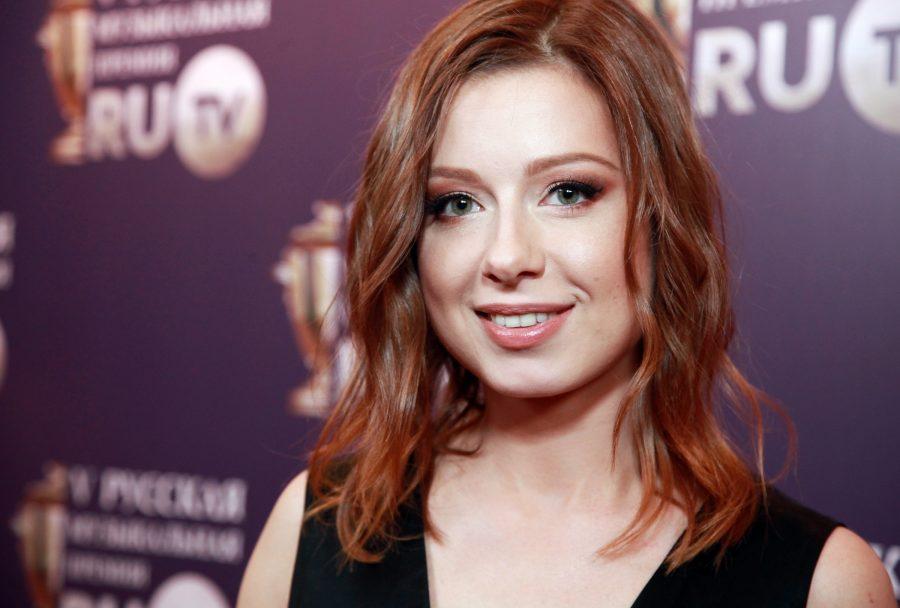 Юлия Савичева удивила своим лицом на селфи