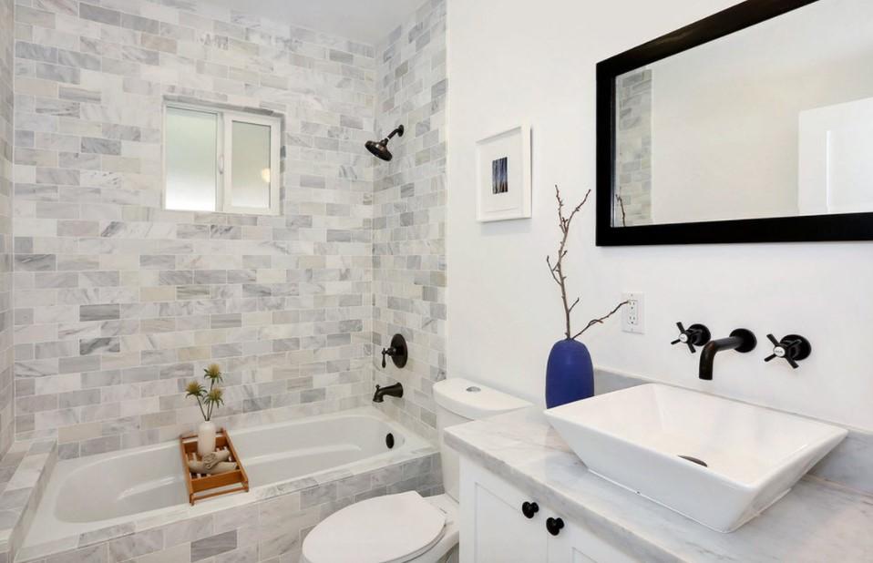 Стильный декор ванной комнаты