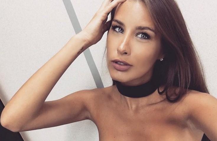 Кэти Топурия шокировала снимком без макияжа