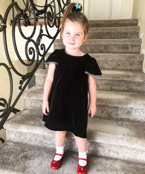 Дочь Ксении Бородиной Тея фото