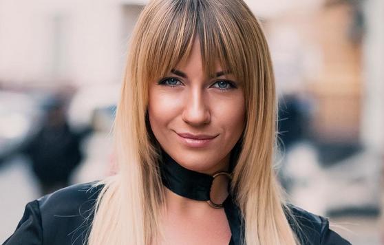 Леся Никитюк поделилась роскошным снимком в нижнем белье
