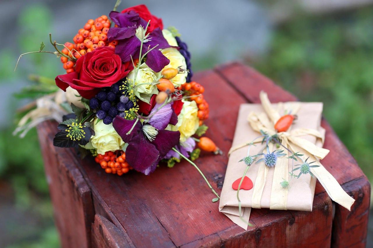 Порадуем маму: доставка цветов