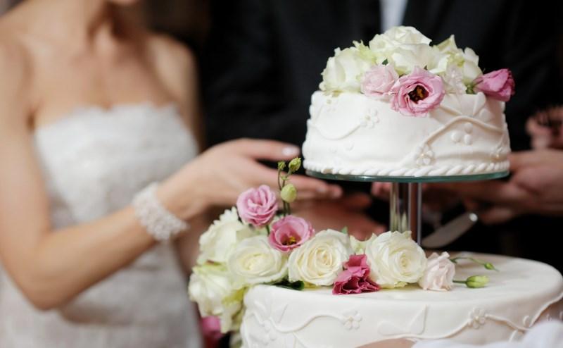 Как выбрать свадебный торт: 5 модных новинок, актуальные тренды