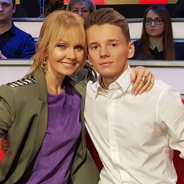 Валерия с сыном фото
