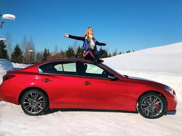 Наталья Ионова и ее новая машина фото