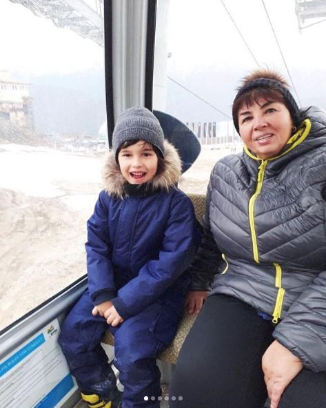 Мать и сын Анфисы Чеховой фото