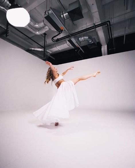 Алена Шоптенко в танце фото