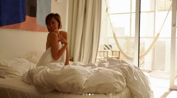 Мария Горбань в постели фото