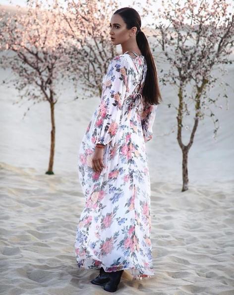 Ольга Бузова в женственном платье фото