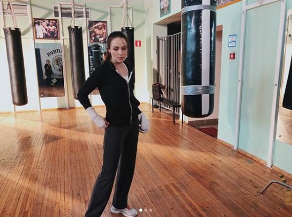 Анна Снаткина на съемках фото