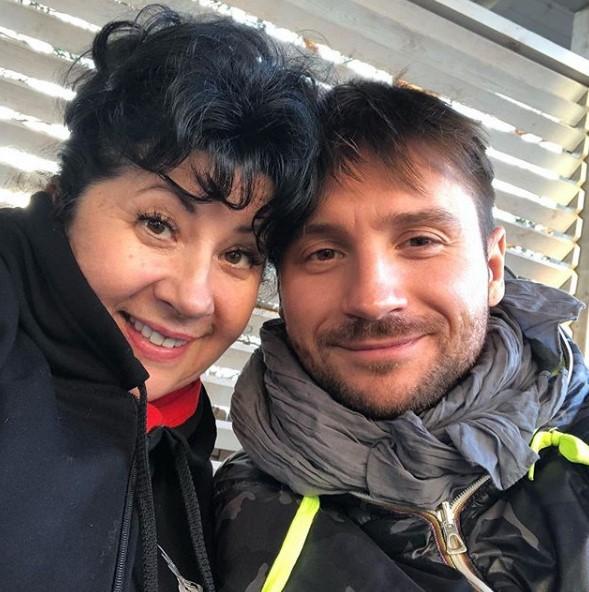 Сергей Лазарев с мамой фото