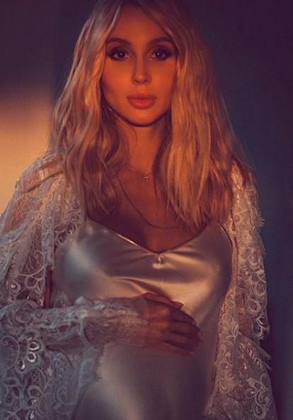 Светлана Лобода в неглиже фото